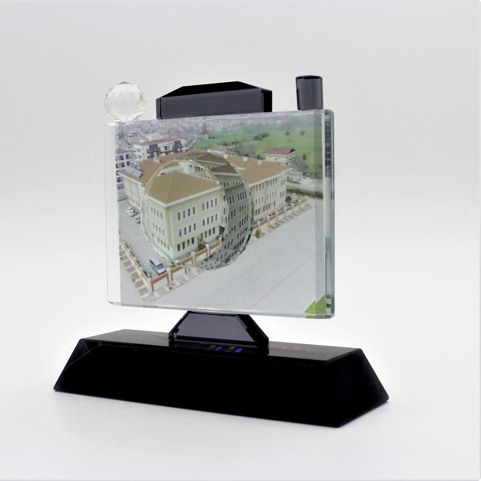 Kristal Fotoğraf Makinesi